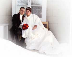 couple-maries-hiver-manoir-grant-st-timothe-stephane-lariviere-photographe